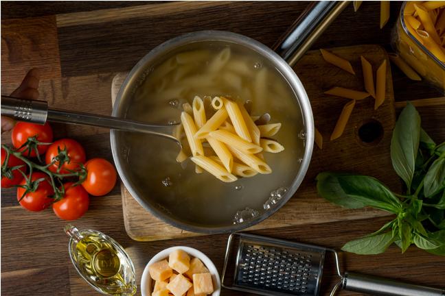 Tipp: Pasta-Salzwasser verwenden